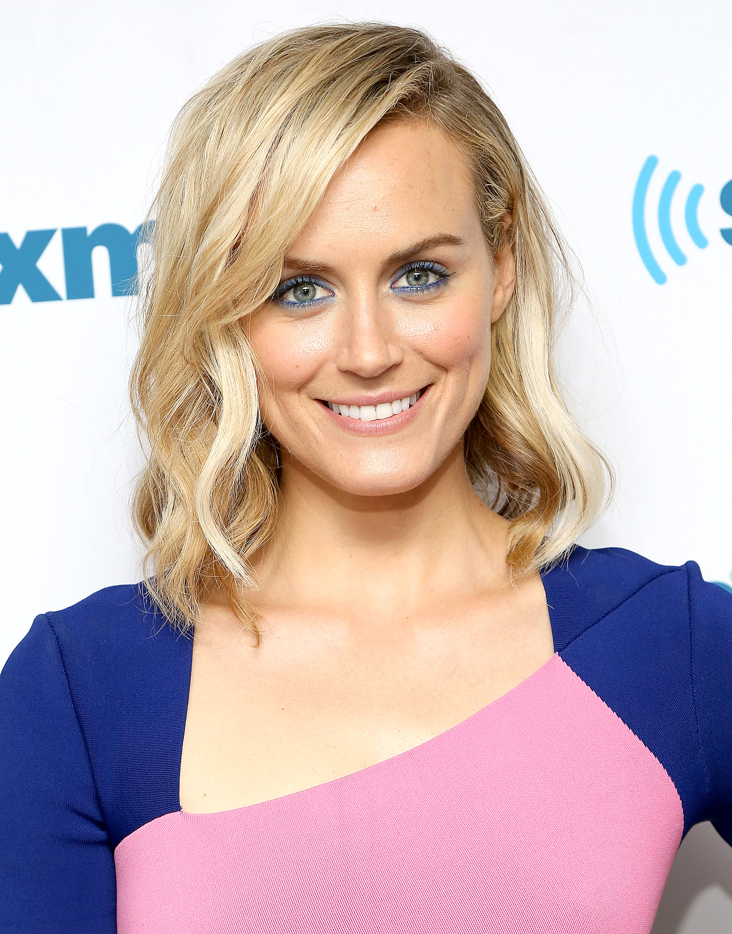Watch Behind the Scenes: Orange is the New Blacks Taylor Schilling Preps for the Golden Globes video